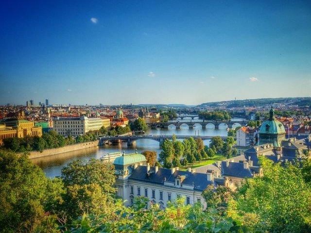 [Foto] Studiu: Romanii vor plati mai putin pentru un city break in Europa