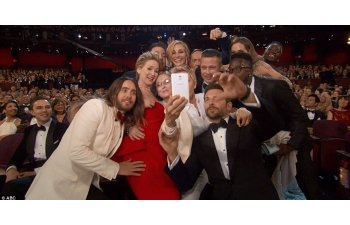 Cum aratau cei mai celebri oameni la balul de absolvire