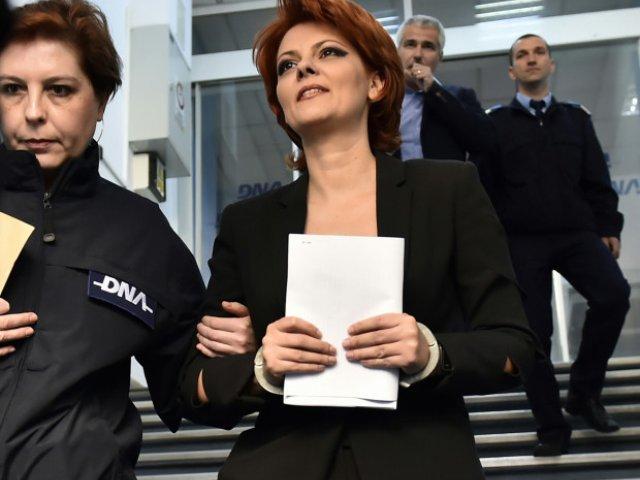 Lia Olguta Vasilescu, primarul municipiului Craiova, este audiata la DNA