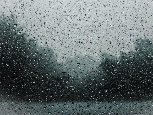 Informare meteo de ploi si vijelii. Care vor fi zonele afectate