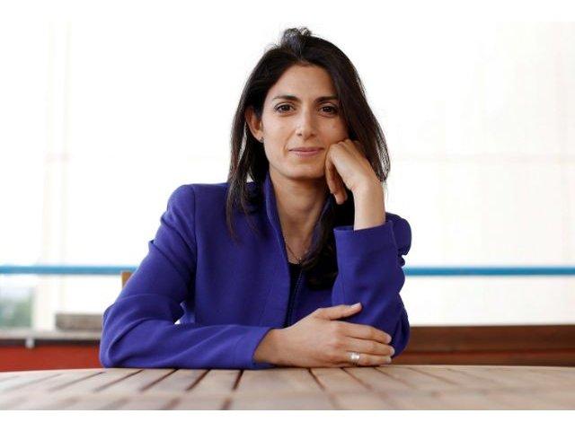 Virginia Raggi devine prima femeie aleasa la conducerea Primariei Romei