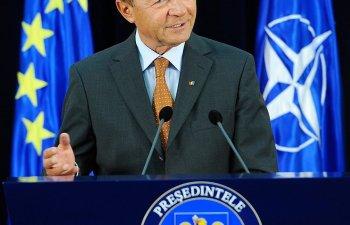 Traian Basescu: Nu va fi niciun Brexit; David Cameron a jucat o carte care-i va iesi