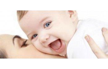 Legea privind indemnizatiile pentru mame e gata sa intre in vigoare la 1 iulie