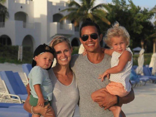 [VIDEO] Aceasta familie a vandut tot si a plecat in jurul lumii