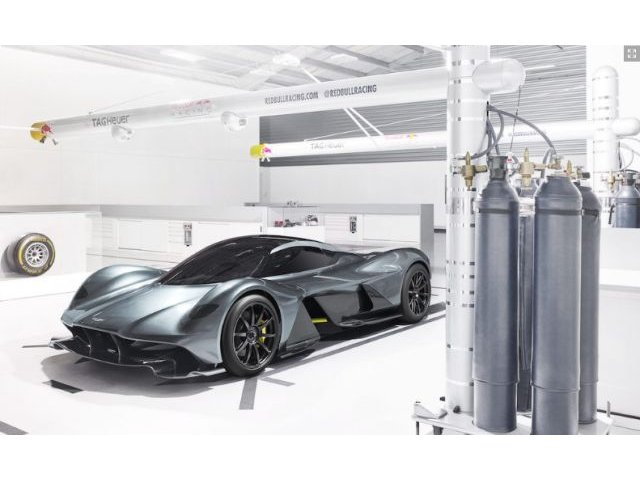AM-RB 001, masina sport extrema nascuta din parteneriatul Aston Martin cu Red Bull Racing