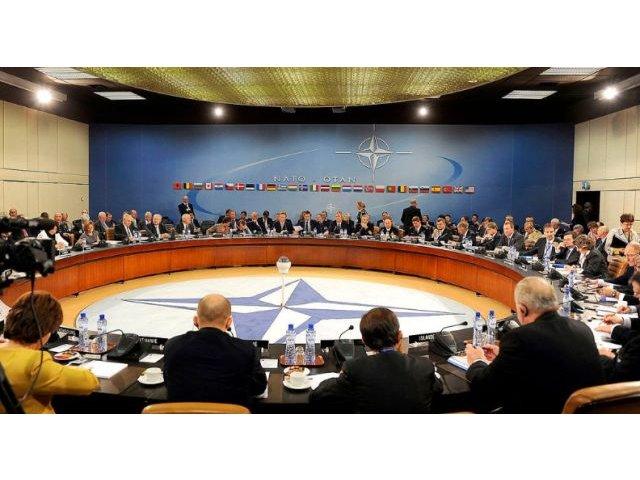 [TOP] Zece lucruri care merita stiute despre NATO