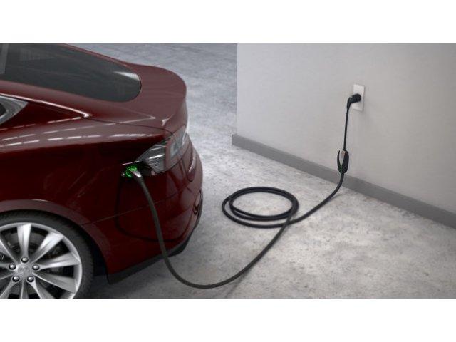 O firma britanica face realimentarea masinilor electrice mai scumpa decat utilizarea motorinei