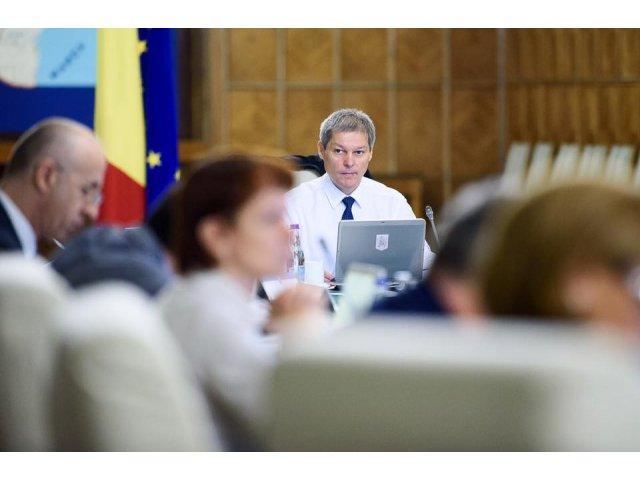 Dacian Ciolos, raspuns fara precedent la amenintarile liderului PSD