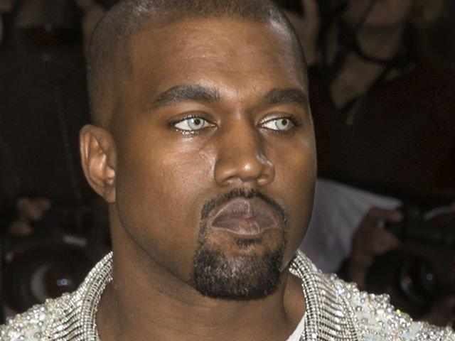 [FOTO] Kanye West, ironizat pe Facebook de brandul de mobila Ikea