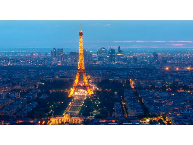 De frica atentatelor, turistii straini ocolesc Franta