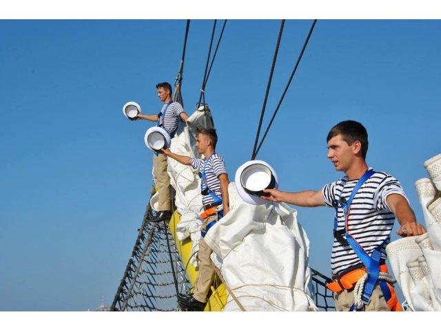 ZIUA MARINEI - Cel mai mare spectacol naval din acest an. Presedintele Klaus Iohannis asista la festivitati