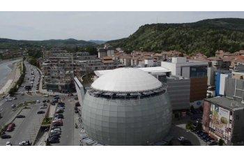 Faurecia a inaugurat la Ramnicu Valcea o fabrica de tapiterii auto, dupa o investitie de 12 milioane euro