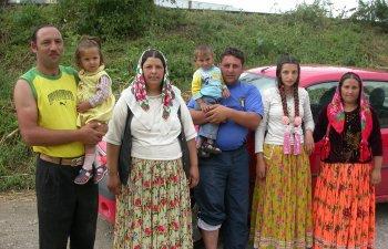 Din ce in ce mai multi romi cer azil politic in SUA, invocand ostilitatea tarilor europene si un val de neo-nazism