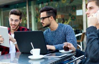 Ce solutii au tinerii geniali care vor o afacere de succes cu minimum de investitie