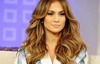 Din secretele artistei Jennifer Lopez: La ce trucuri apeleaza pentru a arata impecabil