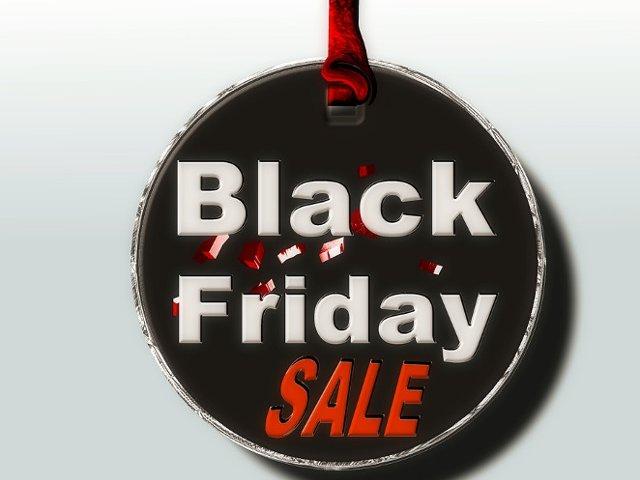 eMAG organizeaza pe 18 noiembrie o noua editie de Black Friday