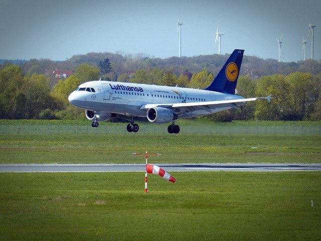 Lufthansa a anulat duminica 35 de curse, din cauza grevei pilotilor
