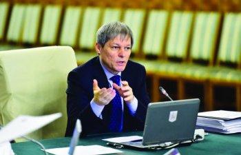 Premierul Ciolos: Am apropiati care au oferit bani in spitale