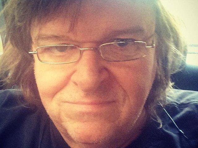 Michael Moore: Donald Trump ne va aduce moartea