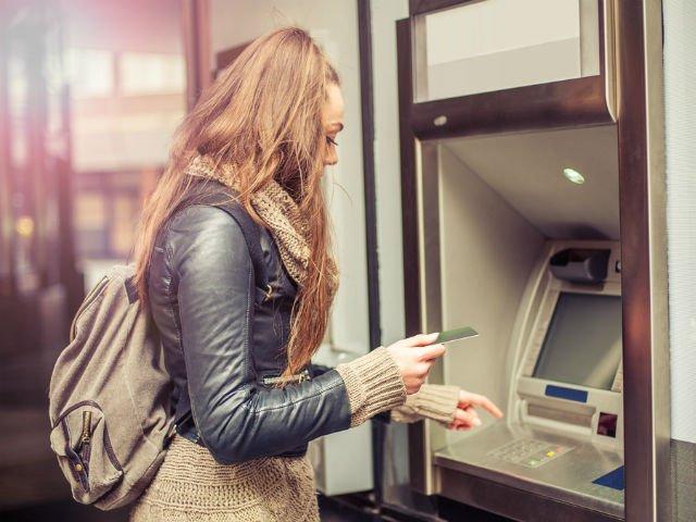 7 lucruri importante pe care e obligatoriu sa le afli despre bani, pana la 30 de ani