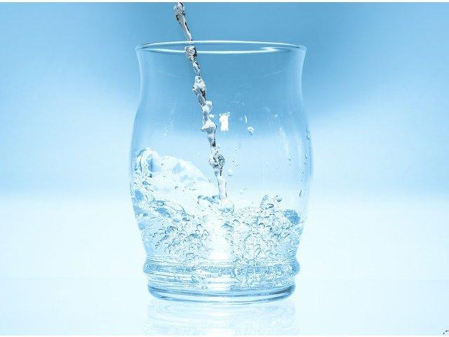 Ce gust are apa? Cercetatorii au raspunsul!