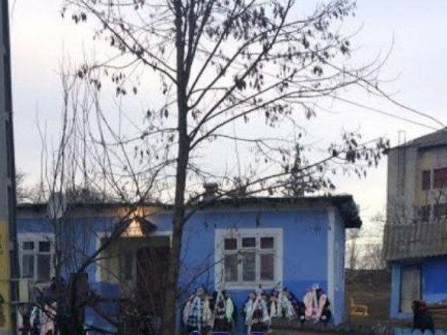Un barbat din Botosani s-a sinucis la priveghiul sotiei sale