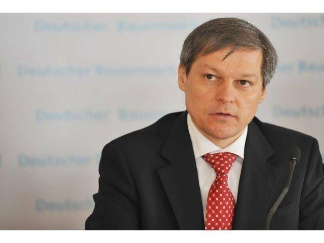 "[Foto] Ciolos publica un ""bilant in imagini"" al guvernarii"
