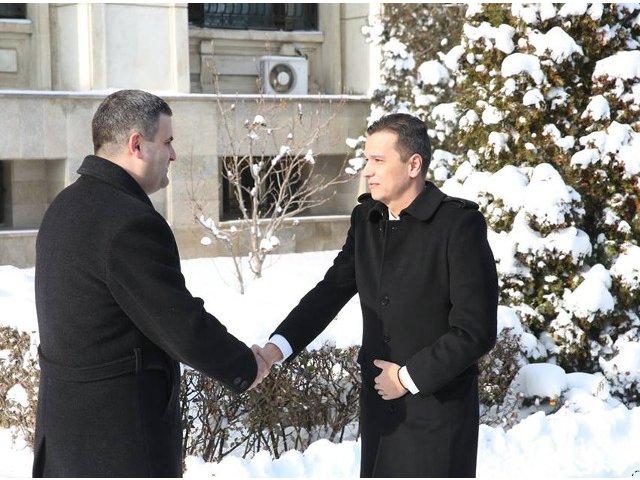 Sorin Grindeanu, intalnire cu ministrul Apararii. Despre ce s-a discutat