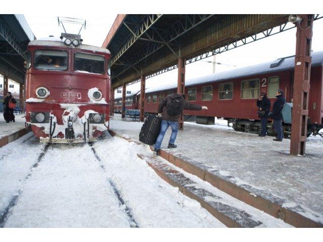 CFR Calatori: 80 de trenuri sunt anulate miercuri in sudul si estul tarii