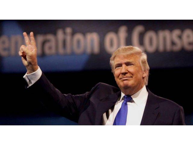 Donald Trump continua sa abuzeze de Twitter: Nu am nimic de-a face cu Rusia