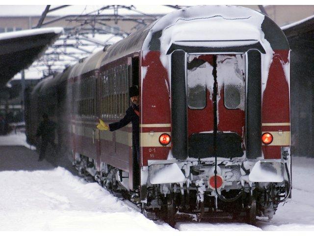 Sapte trenuri au fost anulate din cauza viscolului
