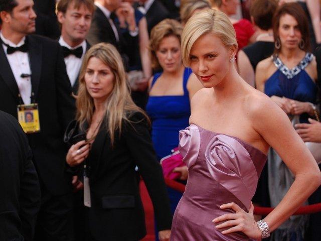 Look de star! Secretele celebritatilor pentru a arata fabulos pe covorul rosu