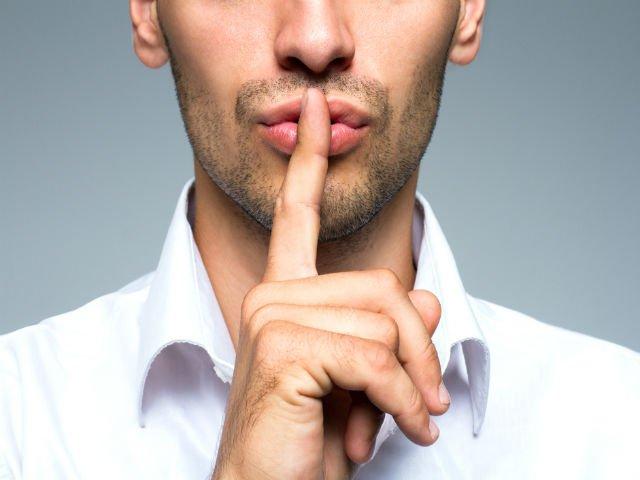 7 lucruri pe care oamenii inteligenti nu le dezvaluie despre ei la locul de munca