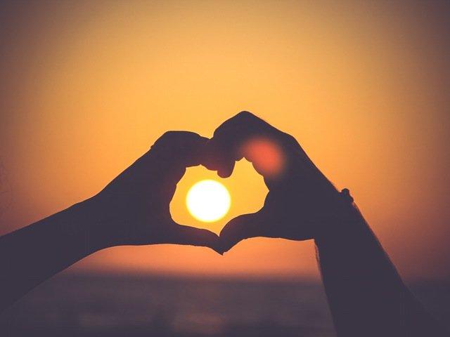 Rumi: Cele mai frumoase 10 citate despre dragoste si viata