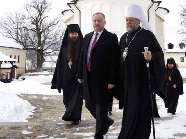Igor Dodon si Mitropolitul Vladimir, in pregatiri pentru vizita Patriarhului Kiril in R.Moldova