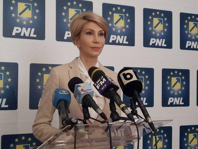 Raluca Turcan: Cerem Guvernului PSD-ALDE sa iasa din starea de inutilitate