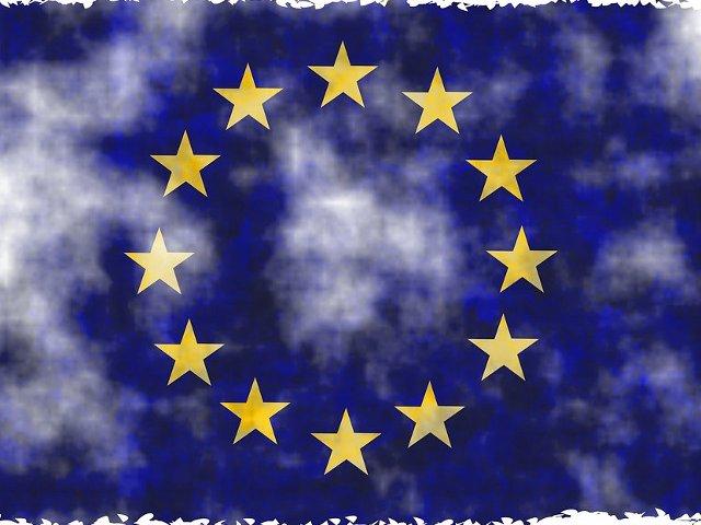Un nou protest anuntat duminica, in Piata Victoriei:  Operatiunea Steagul UE si Revolutia Luminii