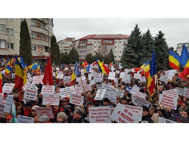 Primar PSD, la mitingul de la Targoviste, catre colegi: Ba, dobitocilor, eu sunt primar, nu actor!