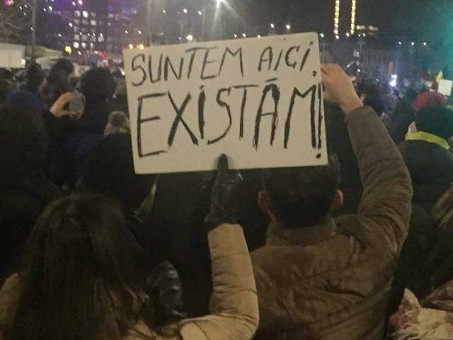 "Nou protest anuntat in Piata Victoriei: ""Stop joc. In democratie, coruptii stau la puscarie"""