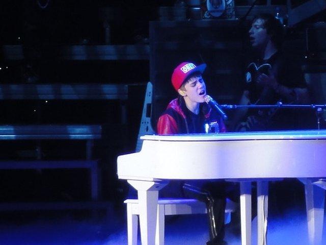 "Justin Bieber a umilit o fana: ""Ma dezgusti"""