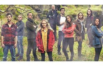23 de britanici, abandonati timp de un an in salbaticie, in timpul unui reality-show. Nimeni nu le-a spus ca emisiunea s-a anulat