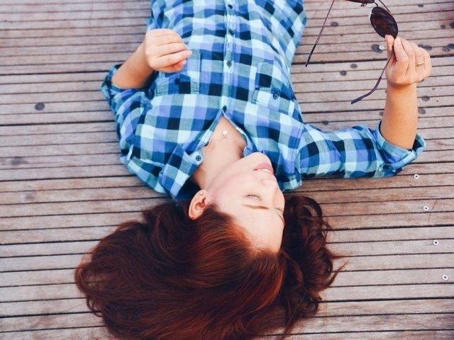 Top 7 moduri simple, dar eficiente pentru a te relaxa in mai putin de 15 minute