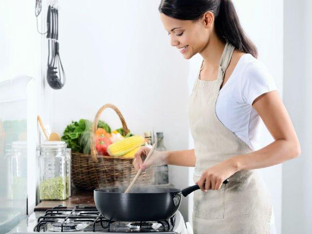 10 trucuri simple care te vor face un expert in bucatarie