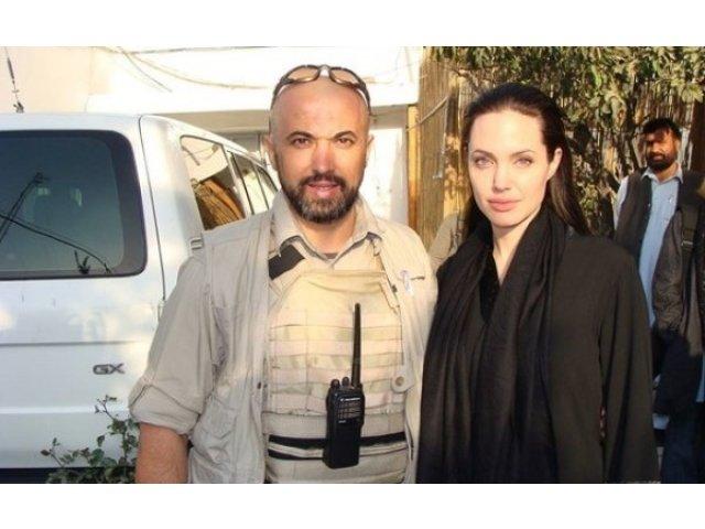 Barbatul mort in accidentul de la Constanta era angajat al LPF si fusese garda de corp a Angelinei Jolie