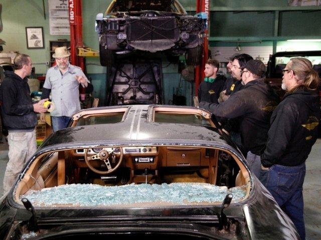 "Charles Handler transforma rable ruginite in bolizi tunati. ""Motoare Puternice"", un serial nou difuzat pe History"