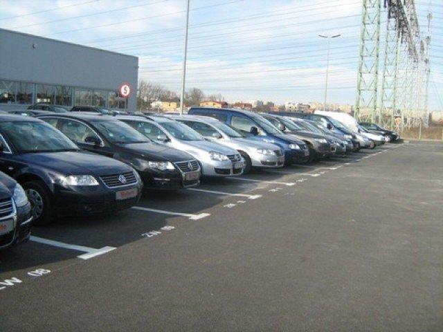 Afacerile cu masini au crescut cu aproape 15% in luna februarie