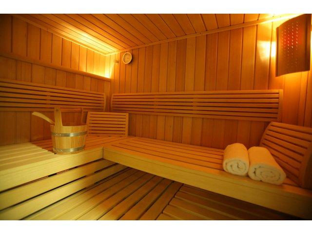 Doua femei au murit dupa ce au ramas blocate intr-o sauna