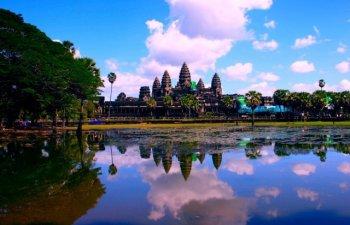 """Supranumit """"a opta minune a lumii""""! Descopera misterele templului Angkor Wat din Cambodgia"""