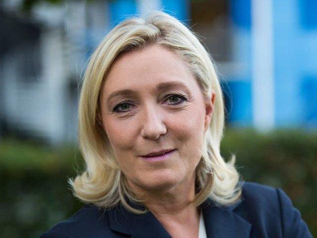 Marine Le Pen promite ca va suspenda inclusiv imigratia legala in Franta