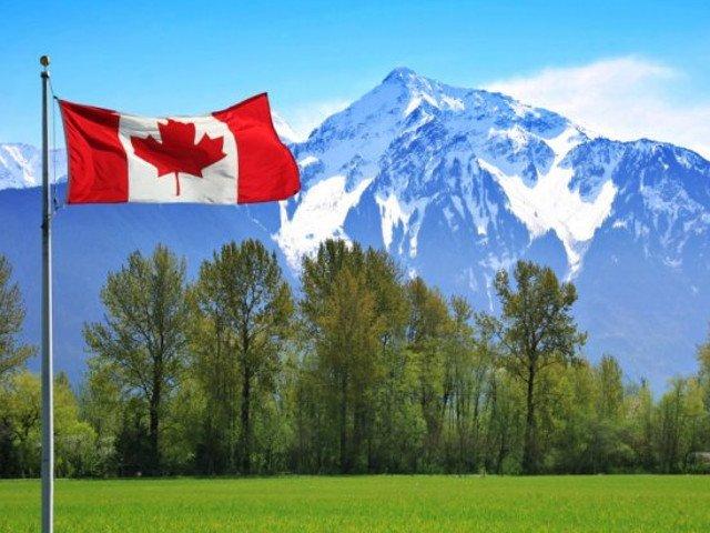 Ambasada canadiana: De la 1 mai, romanii eligibili vor putea calatori in Canada cu autorizatie electronica in locul vizei
